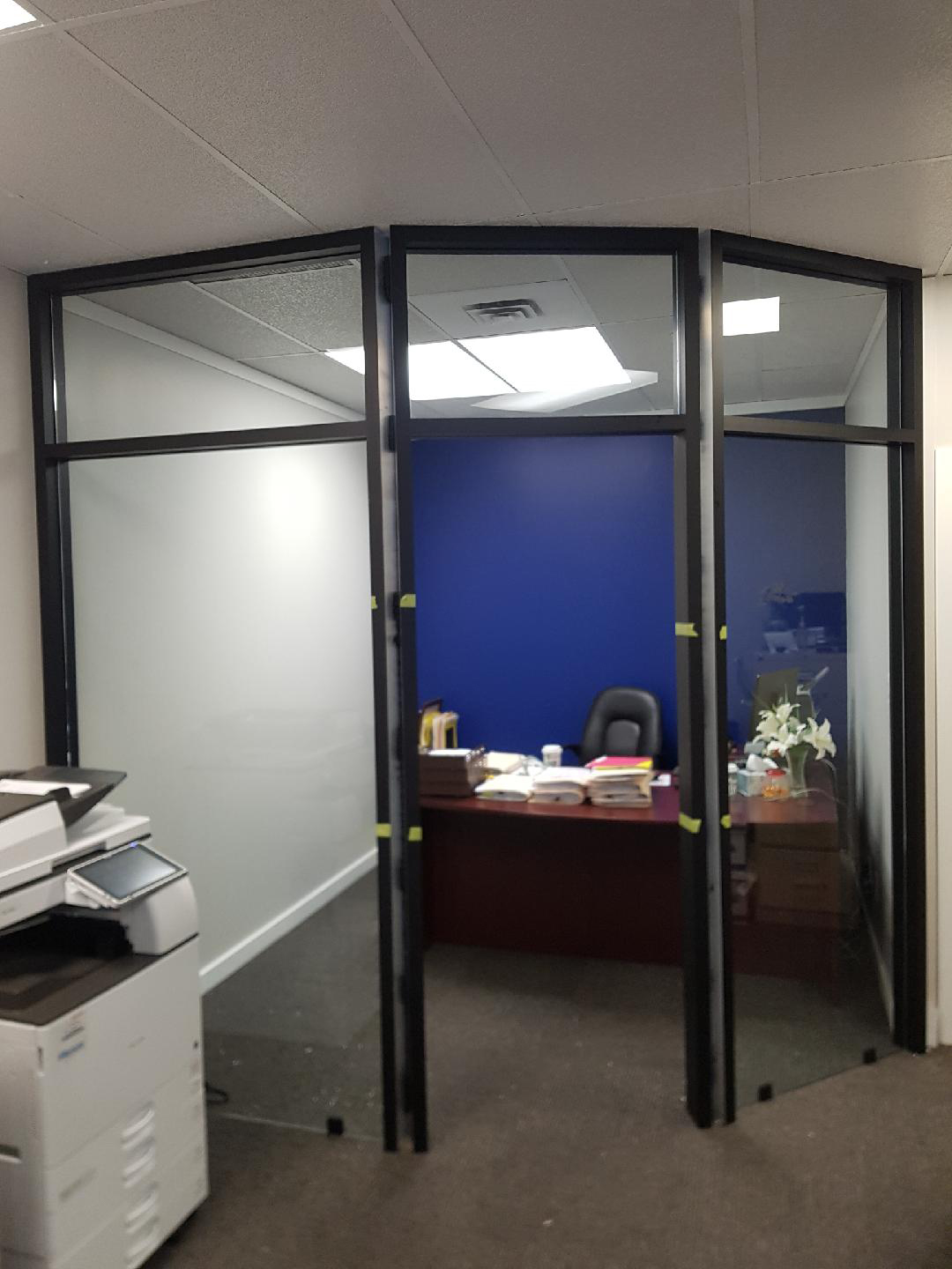 Office partition black frame and 10m tempered glass